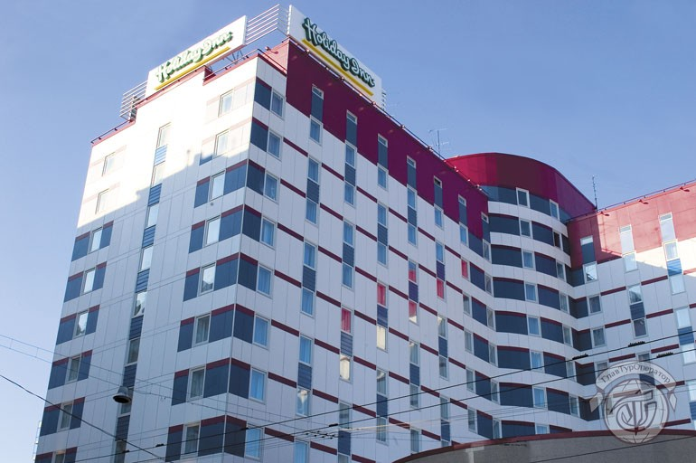 holiday inn лесная телефон: